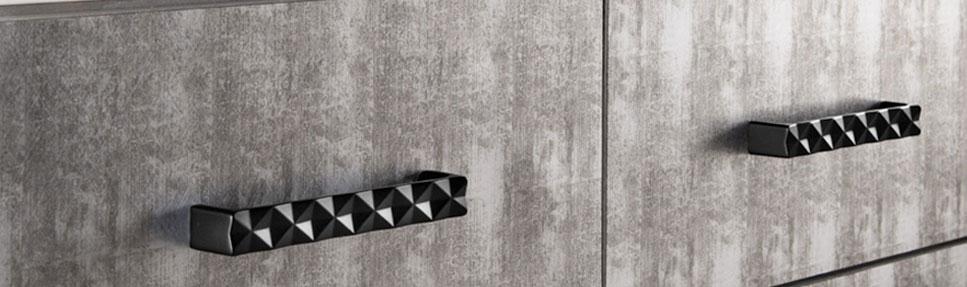 Kitchen Knobs and Pulls - Decorative